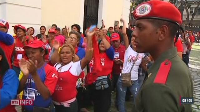 A deux jours de l'investiture pour son troisième mandat, le président vénézuélien Hugo Chavez est toujours en traitement à Cuba