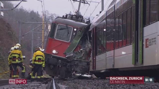 Deux trains régionaux sont entrés en collision, jeudi matin, à Neuhausen, dans le canton de Schaffhouse