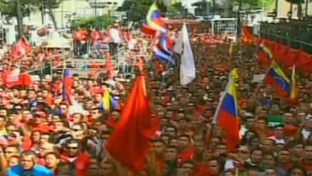 Les Vénézuéliens soutiennent leur président