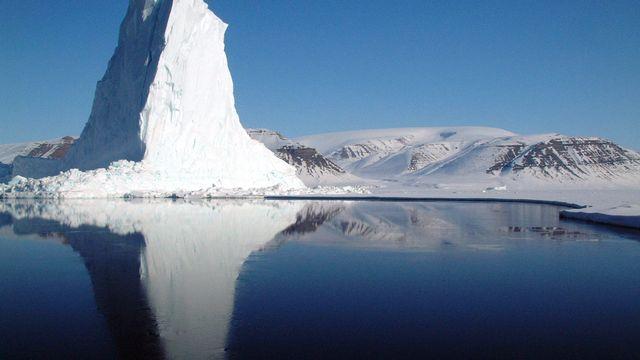 Iceberg (Baie de Baffin, à côté du Groenland)