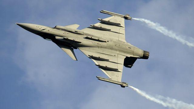 Pourquoi avons-nous besoin de nouveaux avions de combat? [Laurent Gillieron - Keystone]