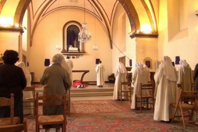 Le doc du lundi les docs le doc du lundi - Les beatitudes une secte aux portes du vatican ...