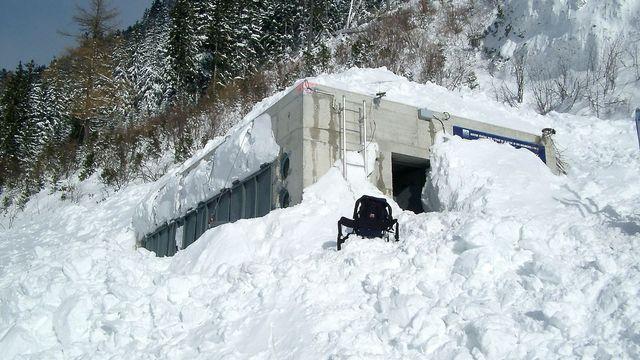 Bunker de la vallée de la Sionne [WSL Institut pour l'étude de la neige et des avalanches SLF]