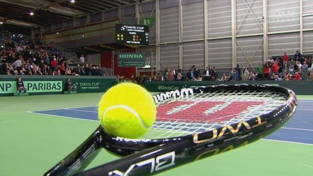 1er tour (1/8es de finale): Suisse – Rép. Tchèque à Genève (1er jour). Stanislas Wawrinka – Lukas Rosol. A 6-4 6-3, Wawrinka sert pour le gain de la 2e manche