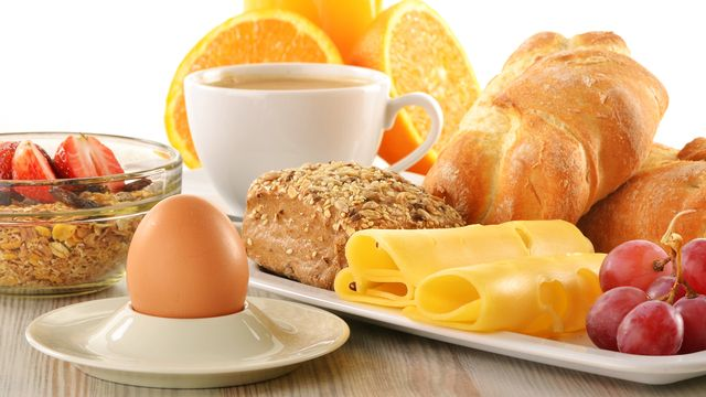 Petit déjeuner  [ © monticellllo - Fotolia]