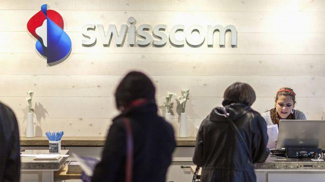 Les clients de Swisscom sont-ils des vaches à lait? [Gaëtan Bally - Keystone]