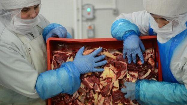 L'Industrie alimentaire suisse subit la crise de la viande de cheval