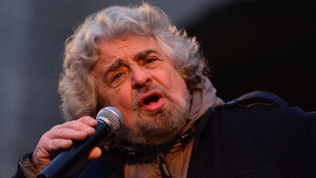 Beppe Grillo, leader du Mouvement cinq étoiles, communique essentiellement à travers internet.  [Giuseppe Cacace - AFP]