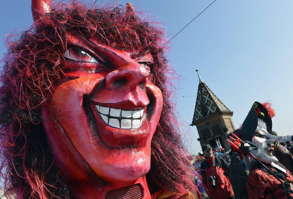 """Jeux des thematiques """"carnaval"""" 4672838"""