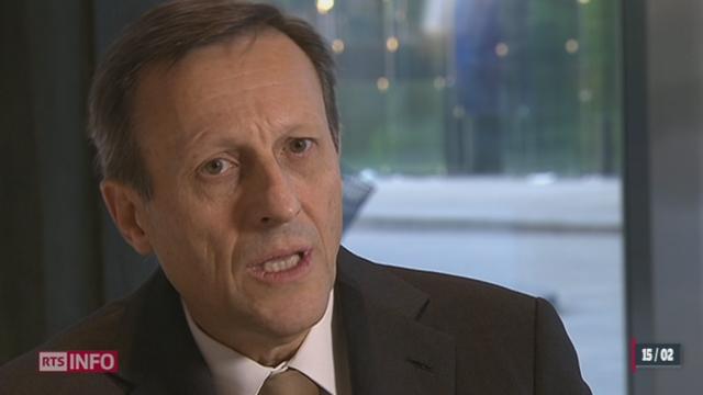 Daniel Vasella touchera 72 millions de francs à son départ de Novartis, les précisions de Ron Hochuli.