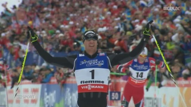 Ski nordique: Dario Cologna entre dans la légende en devenant champion du monde de skiathlon à Val di Fiemme (Italie)