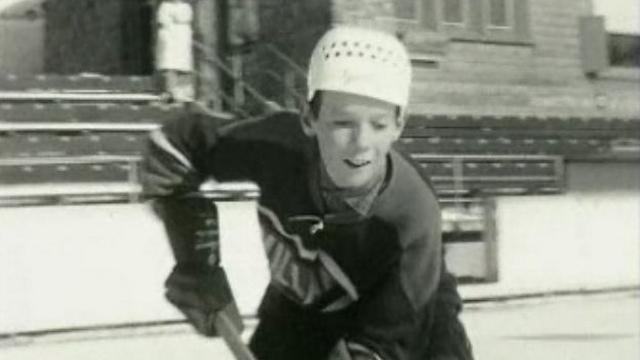 Un des minimes du hockey club de Villars en 1963. [RTS]