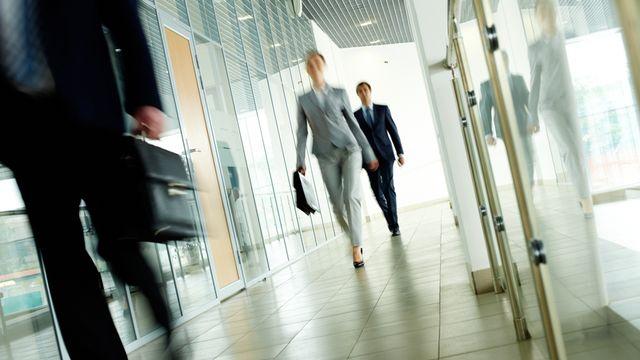 Les entreprises vont-elles désormais contraindre leurs employés à un temps de marche? [Pressmaster - Fotolia]