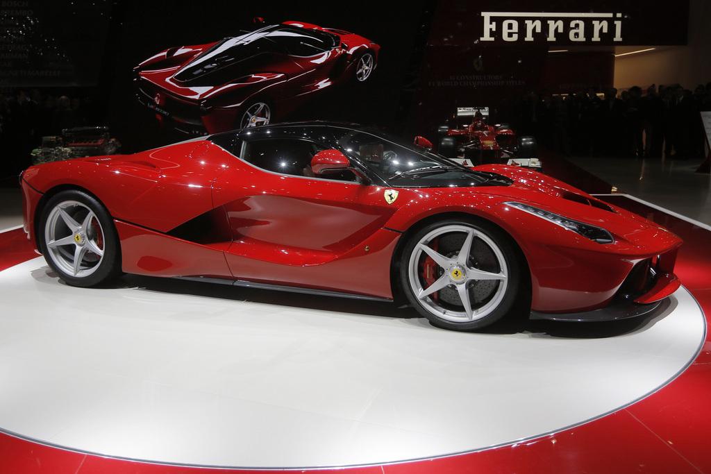 Salon De L Auto >> Les Modeles Les Plus Futuristes Du 83e Salon De L Auto Genevois