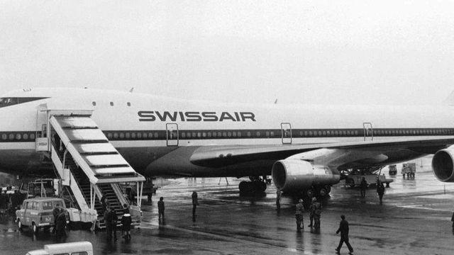 Le premier Jumbo Jet de Swissair, surnom du Boeing 747, ici à l'aéroport de Zurich-Kloten le 27 février 1971. Ce modèle (747-257) sera exploité jusqu'en 1984. [Keystone]