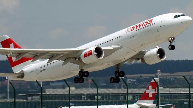 Swiss compte dans sa flotte 13 Airbus A-330. Ils peuvent transporter 230 passagers. [Steffen Schmidt - Keystone]