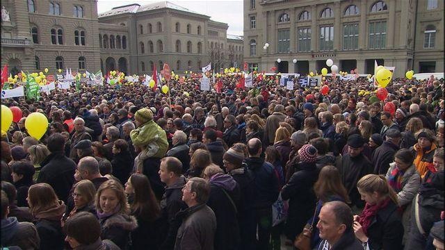 La dernière manifestation d'une telle ampleur de la fonction publique du canton de Berne remonte à 2002. [RTS]