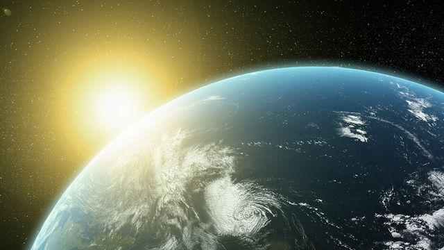 Terre et soleil     [© Mopic - Fotolia]