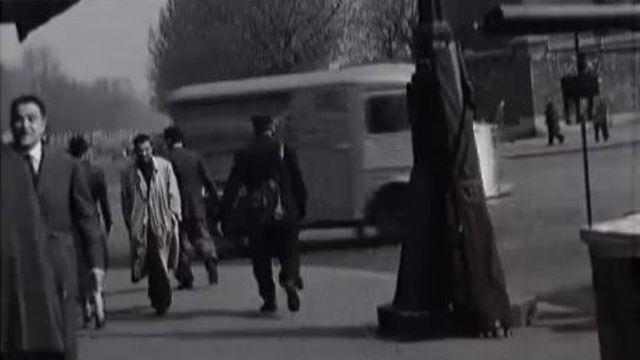 Un rue de Paris en 1969. [RTS]