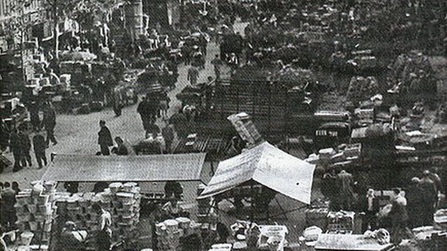 Paris, Les Halles 1970. [Inconnu - Wikicommons]