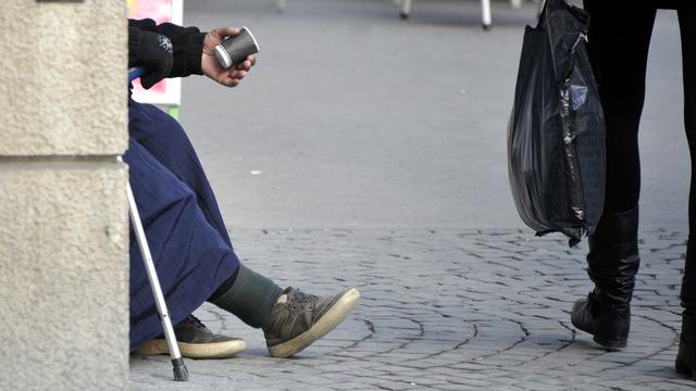 La Ville de Lausanne veut encadrer la mendicité sans l'interdire. [Dominic Favre - Keystone]