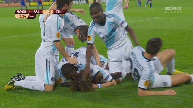 Bâle - Chelsea.94e minute (1-2): cette fois, Yann Sommer s'incline sur un coup franc de David Luiz [RTS]
