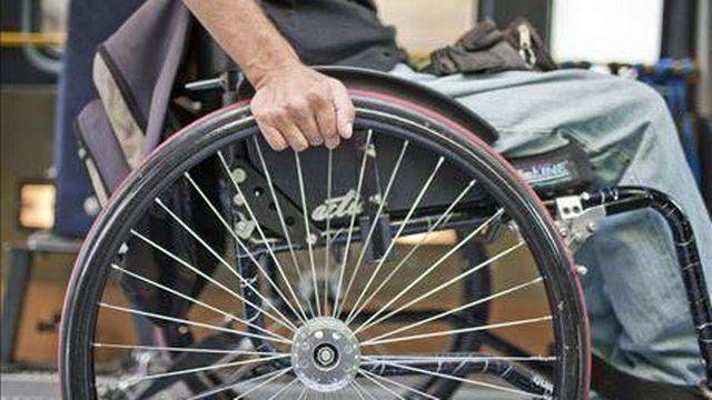 Les frais de déplacement des personnes handicapées ne seront pas touchés par la révision de l'AI.