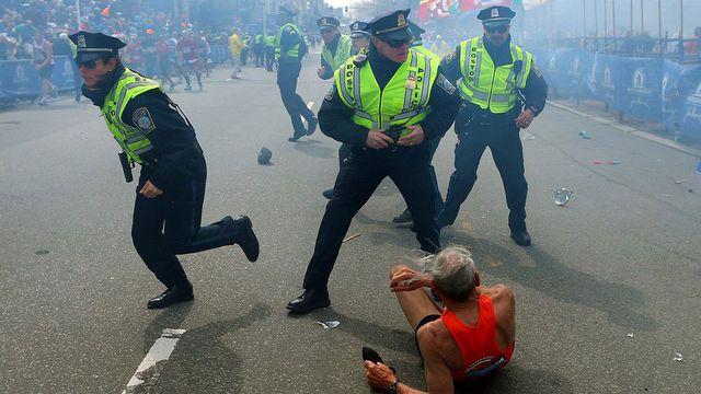 La deuxième explosion vient de se produire, à l'arrivée du marathon. [John Tlumacki - The Boston Globe/AP/Keystone]