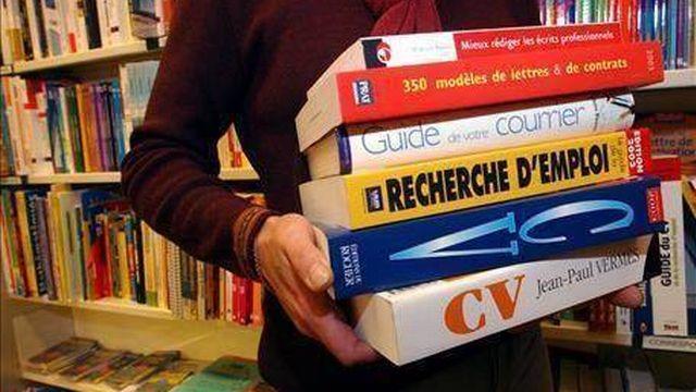 Pour le troisième mois de suite, le taux de chômage a reculé en Suisse. [Keystone]