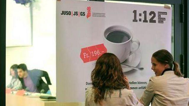 L'initiative 1:12 a été déposée en mars 2011 munie de plus de 113'000 signatures.