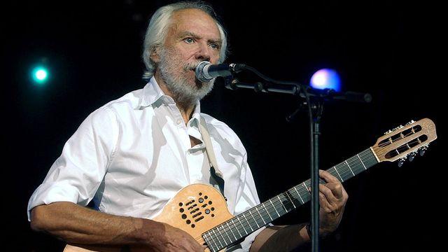 Georges Moustaki s'est produit au Paléo Festival de Nyon en 2004. [Sandro Campardo - Keystone]