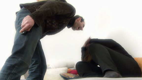 Violence conjugale: dans la tête du cogneur