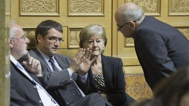 Les discussions autour de l'accord avec les USA étaient intenses mercredi au National. [Lukas Lehmann - Keystone]