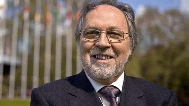 """L'ancien Conseiller au Etats Dick Marty, reconnu comme une """"autorité morale"""" du Parlement, aujourd'hui président de l'Assemblée interjurassienne. [Martin Ruetschi - Keystone]"""