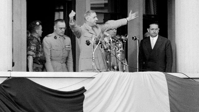 """Le général Charles de Gaulle à Alger lors du discours où il a prononcé la célèbre phrase """"Je vous ai compris"""". [AFP]"""