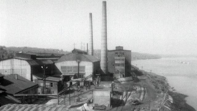 L'usine des ouvriers [RTS]