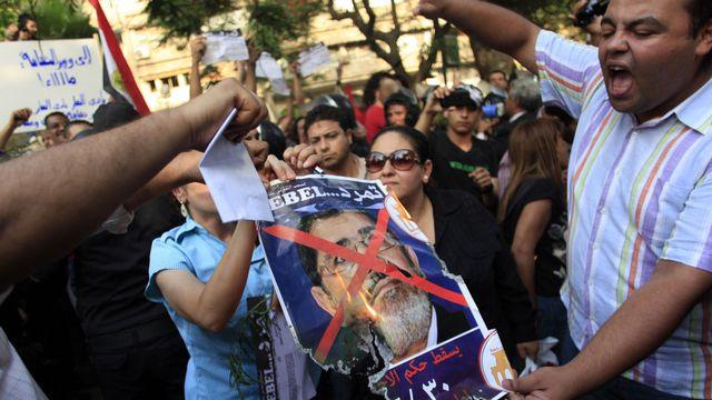 """Le mouvement veut faire """"tomber"""" le président Morsi. [Khalil Hamra - AP/Keystone]"""