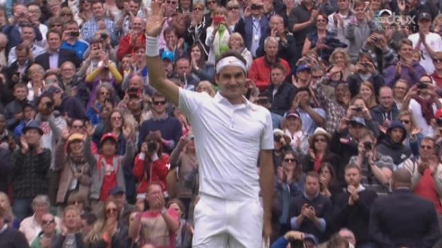 Simple messieurs (1er tour): Roger Federer (SUI-3) - Victor Hanescu (ROU). 6-3 6-2 6-0 en 1h et 8 minutes. Entrée en matière réussie pour le tenant du titre [RTS]