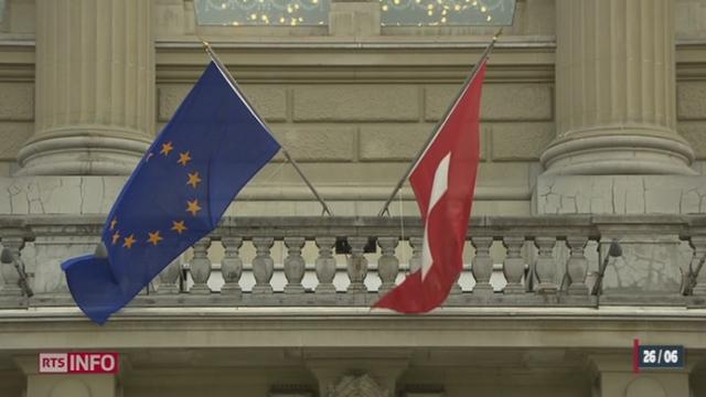 Accords bilatéraux: Didier Burkhalter présente la solution du Conseil fédéral [RTS]