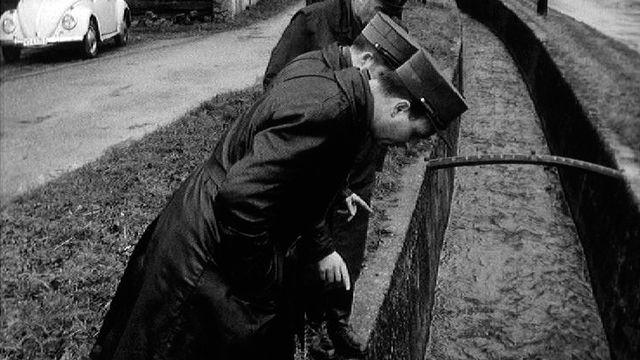 La police vaudoise enquête après le crime d'Ependes, en 1967. [RTS]