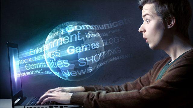 Le web regorge d'informations totalement fausses. [lassedesignen - Fotolia]