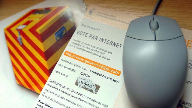 Un virus permettrait de changer le vote d'un électeur à son insu. [Martial Trezzini - Keystone]