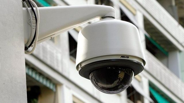 La presse alémanique s'intéresse au projet-pilote genevois de vidéosurveillance à Genève. [Martial Trezzini - Keystone]