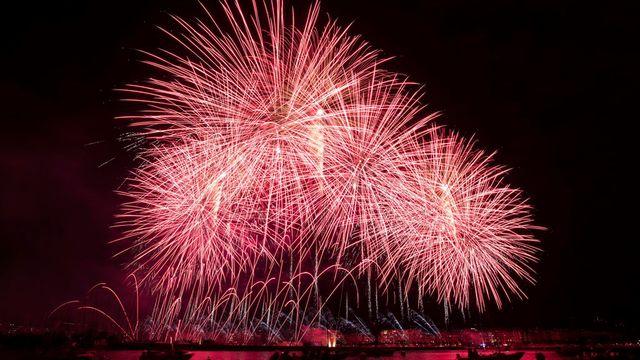 Le feux d'artifice des Fêtes de Genève 2013. [Salvatore Di Nolfi]