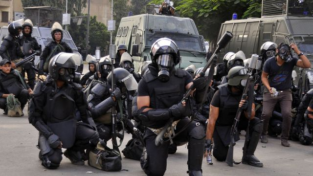 L'armée a violemment dispersé les manifestants pro-Morsi au Caire. [ ENGY IMAD - AFP]