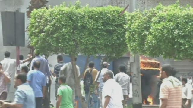 Dispersion dans la violence des pro-Morsi au Caire [RTS]