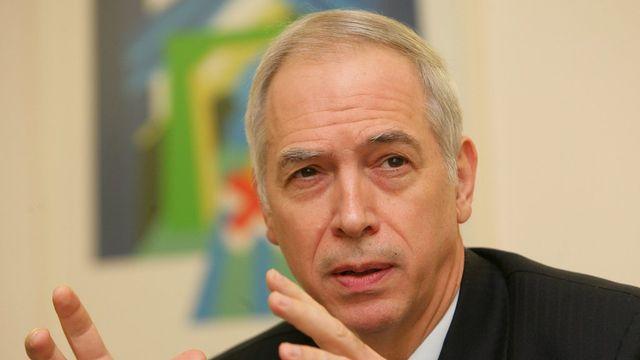 Avant d'être envoyé à Pékin en septembre 2012, Jacques de Watteville a notamment été chef de la mission suisse auprès de l'Union européenne jusqu'en 2012. [EPA/OLIVIER HOSLET - Keystone]