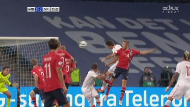Qualifications (8e journée). Norvège - Suisse (0-1). 12e minute: Fabian Schär ouvre le score, de la tête [RTS]