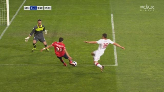Qualifications (8e journée). Norvège - Suisse. 26e minute: bourde de Fabian Schär et la Norvège rate l'égalisation pour un cheveu [RTS]