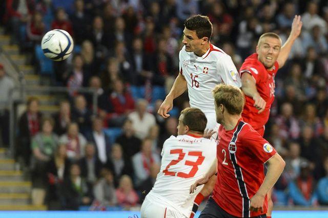 Fabian Schär n'a laissé aucune chance au gardien norvégien sur ses deux buts. [Laurent Gilliéron - Keystone]